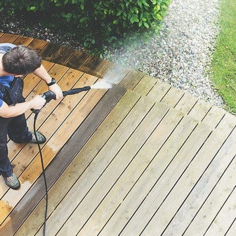 Deck pressure washing in Napa